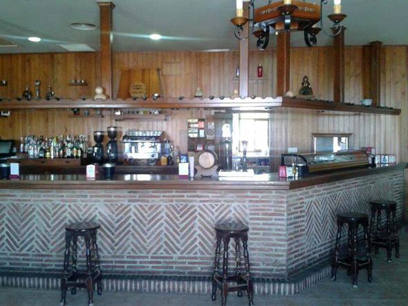 bar-restaurante-rafting-actividades-ocio-aventura-cerro-gordo-malaga-andalucia
