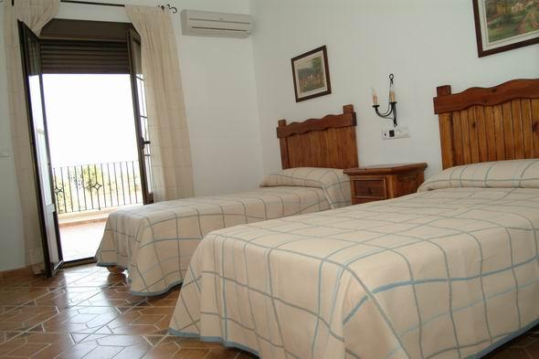 hotel-alojamiento-con-actvidades-en-malaga