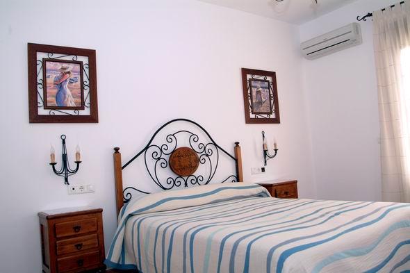 hotel-alojamiento-con-rafting-en-malaga