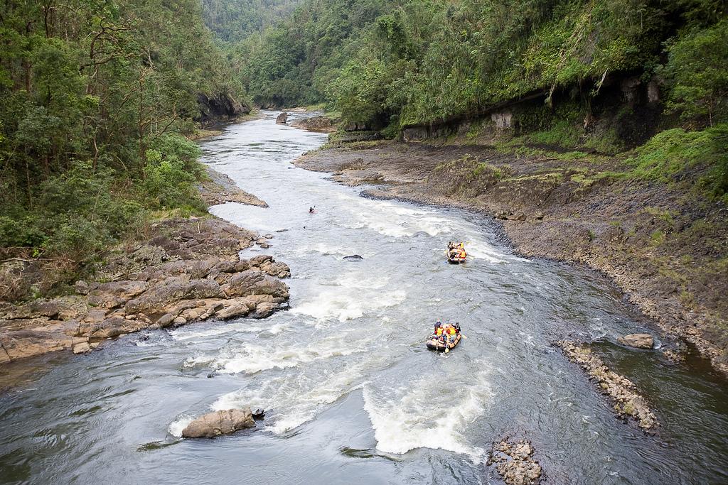 rafting-rio-north-johnstone-river-australia-oceania